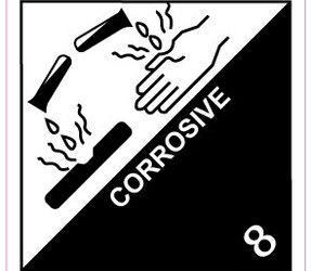 IATA 8 Corrosive label, 100mm x 100mm, 1.000 labels, core 76mm